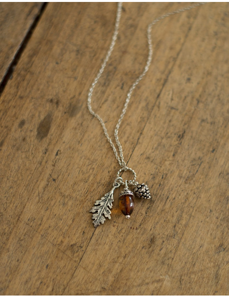 """Zile"" silver and amber necklace"