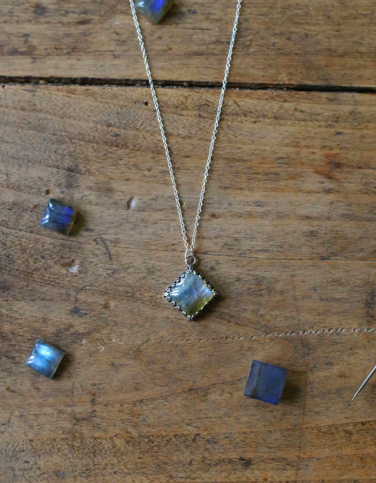 """Kadri"" silver and Labradorite necklace"