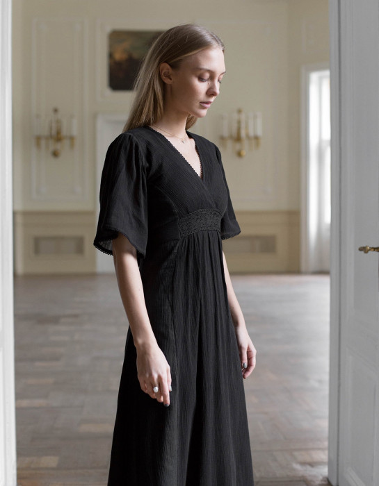 """Kaarina"" cotton maxi dress black"