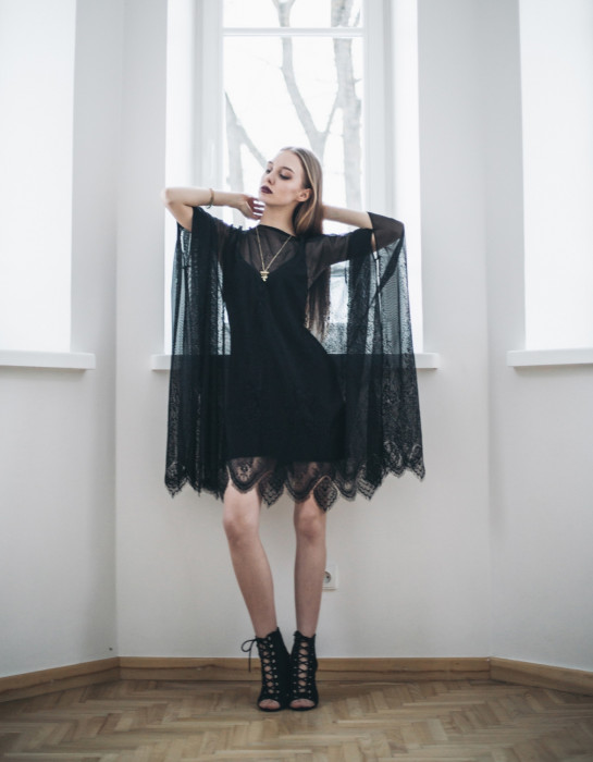 "Geometric black lace ""Nadya"" poncho MADE TO ORDER"