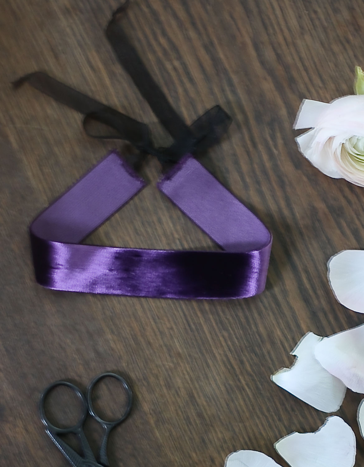 choker purple